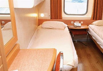 brittany_ferries_cap_finistere_2_large_4_bed_pet_finisterecabin